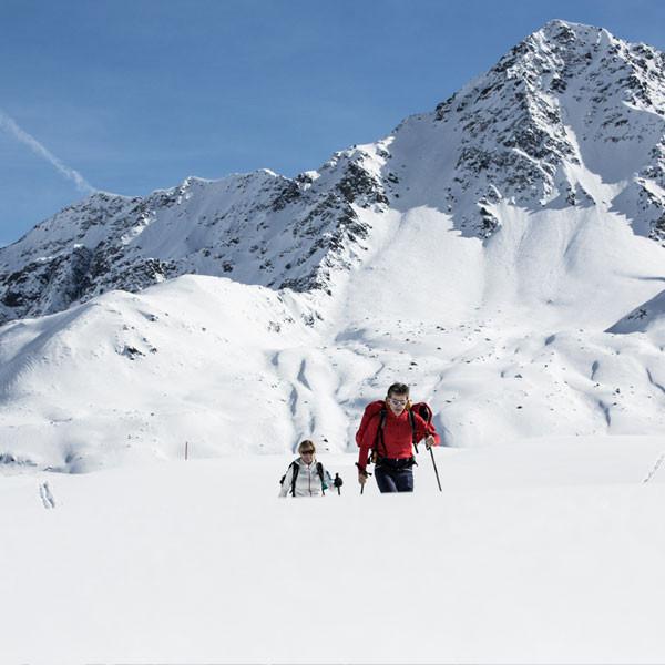 Sonnenaufgang Wildspitzbahn Pitztaler Gletscher